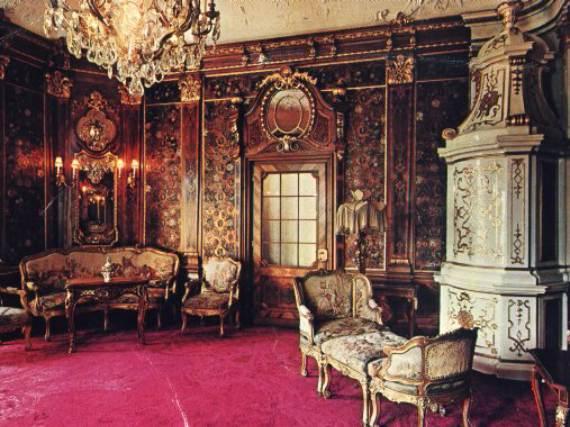 spectacular-peles-castle-in-romania-110