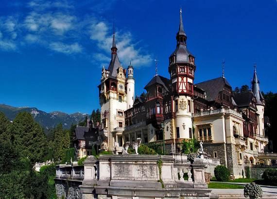 spectacular-peles-castle-in-romania-33