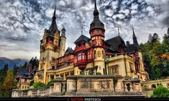 spectacular-peles-castle-in-romania-4