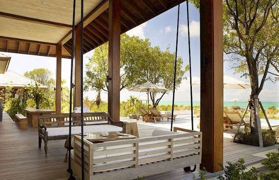 stunning-tamarind-villa-at-parrot-cay-of-turks-and-caicos-islands-6