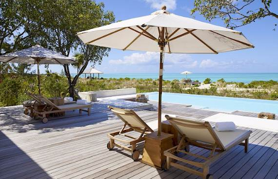 stunning-tamarind-villa-at-parrot-cay-of-turks-and-caicos-islands-7