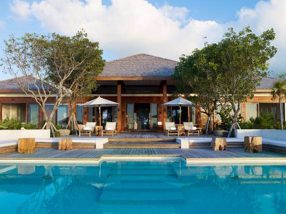 stunning-tamarind-villa-at-parrot-cay-of-turks-and-caicos-islands-8
