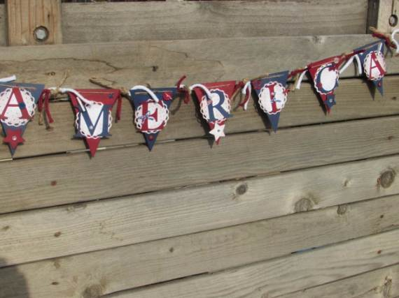 33-Front-Porch-Decorating-Ideas-for-the-4th-of-July-3