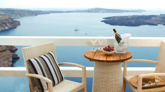 a-stunning-hotel-for-real-dreamers-with-most-amazing-view-in-the-world-aqua-luxury-suites-78