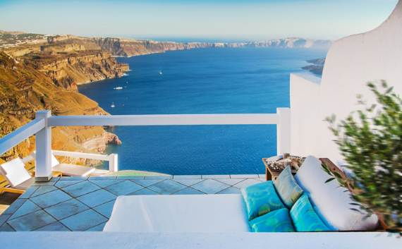 a-stunning-hotel-for-real-dreamers-with-most-amazing-view-in-the-world-aqua-luxury-suites-84