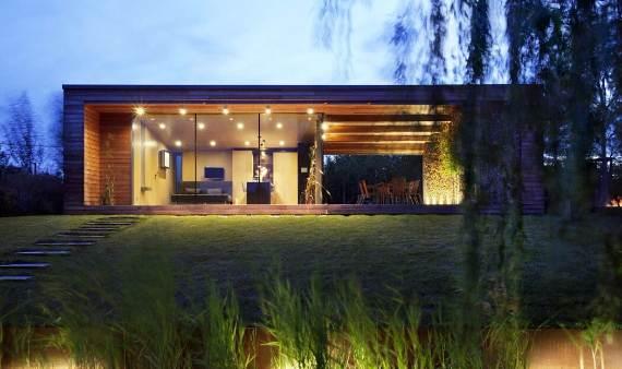 Delightful Modern Lakefront Holiday Cottage In Kapuvar Hungary