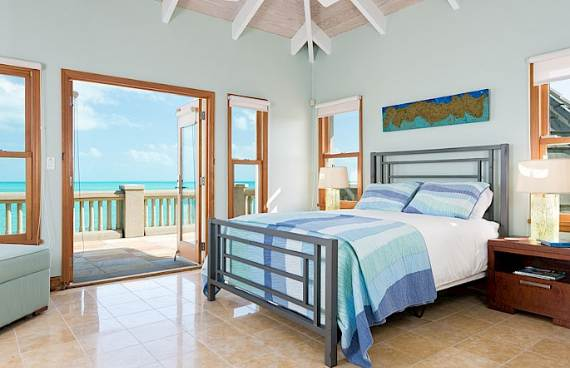 stunning-casa-varnishkes-private-beach-and-tennis-villa-on-long-bay-beach-8