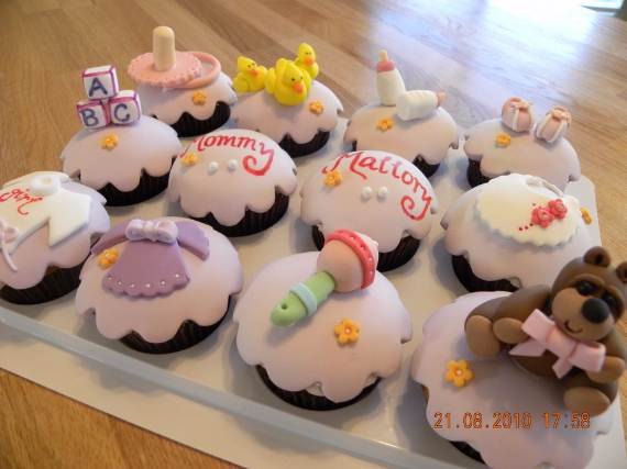 50-Baby-Shower-Cupcake-Cakes-in-Unique-Shape-35