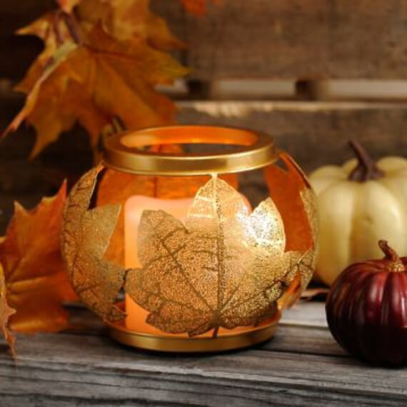 Get Stylish with Fall Decorating Ideas and Holidays (19)