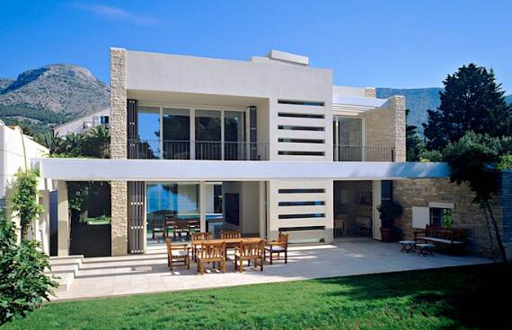 high-end-croatian-family-home-overlooking-the-adriatic-sea-saxum-villa-4