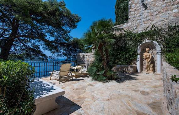 smooth-gorgeous-villa-amour-with-stunning-panoramic-views-dubrovnik-45