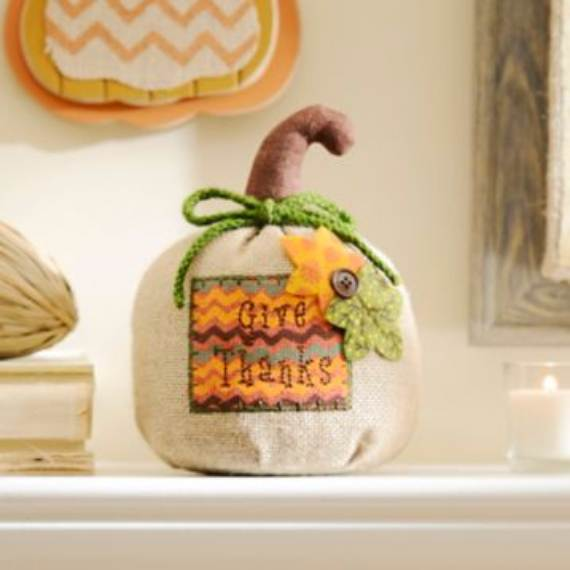 Warm-Friendly-Inspired-Fall-Decorating-Ideas-7