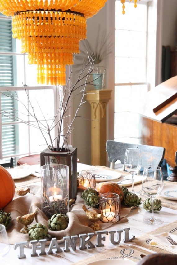 Warm and Inviting Thanksgiving Centerpiece Ideas  (25)