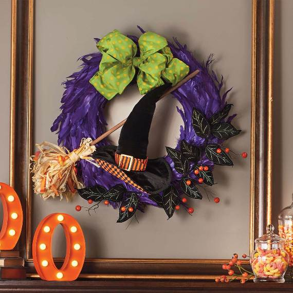 55-Halloween-Decorating-Ideas-Eerie-Elegance-16