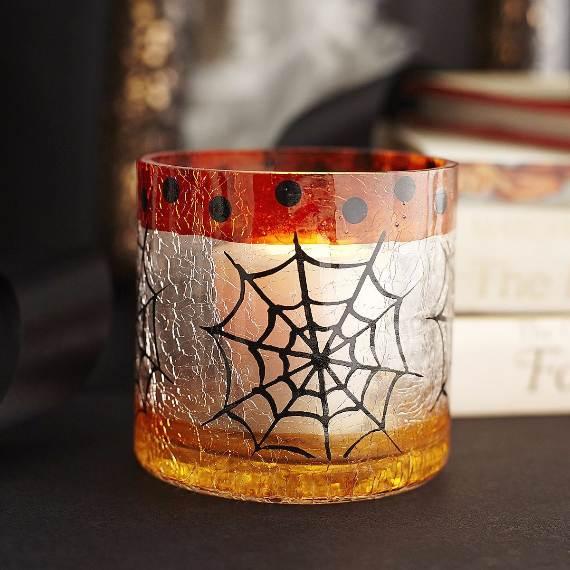 55-Halloween-Decorating-Ideas-Eerie-Elegance-20