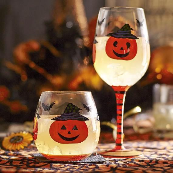 55-Halloween-Decorating-Ideas-Eerie-Elegance-44