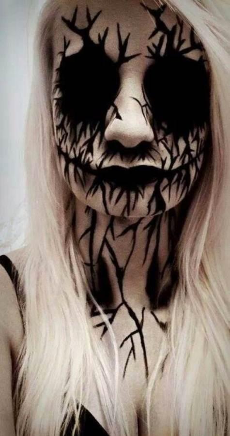 best scary halloween makeup ideas 25 - Scary Halloween Ideas