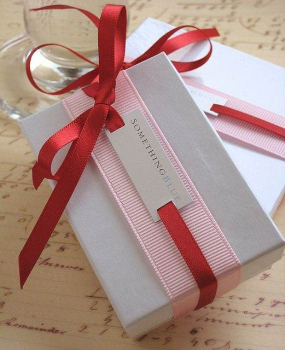 Creative-Gift-Decoration-Wrapping-Ideas-13