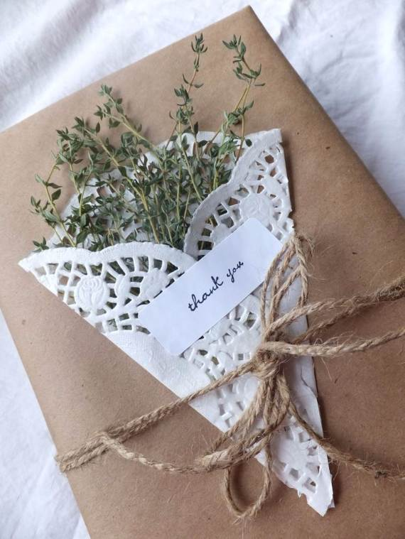 Creative-Gift-Decoration-Wrapping-Ideas-7