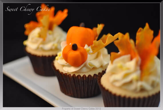 Cute Fall & Halloween Heavenly Holiday Desserts (42)