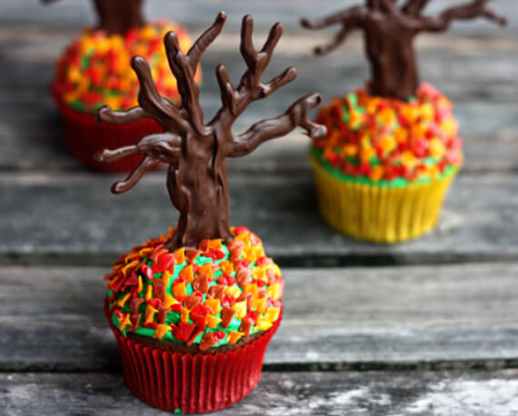 Cute Fall & Halloween Heavenly Holiday Desserts (49)