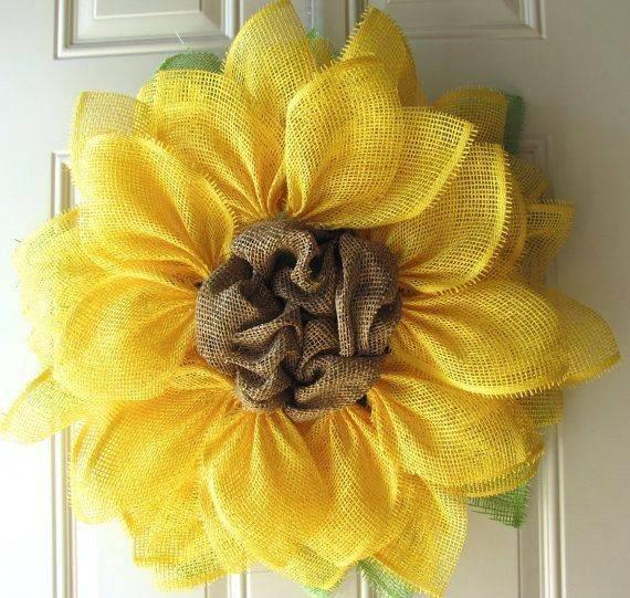 DIY-Burlap-Wreath-ideas-for-every-holiday-and-season-10