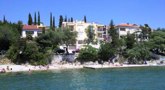 Fabulous Contemporary Villa Mare Crikvenica With An Elegant Touch (21)