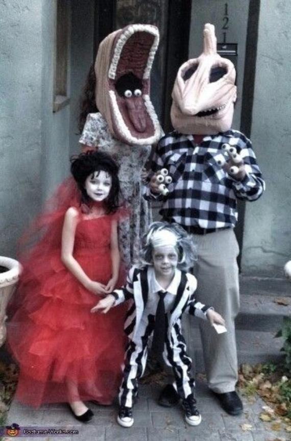 Family Halloween Costumes (15)