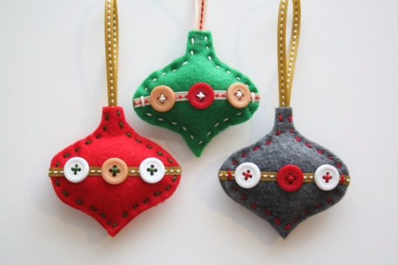 Homemade Felt Christmas Ornament (34)