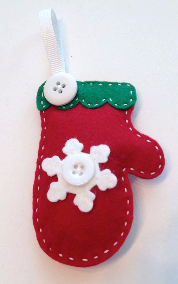 39 cute homemade felt christmas ornament crafts to trim for Homemade christmas ornaments to make