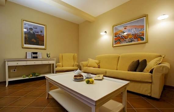 liza-villa-unbelievably-beautiful-contemporary-home-14