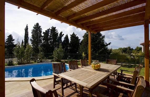 liza-villa-unbelievably-beautiful-contemporary-home-16