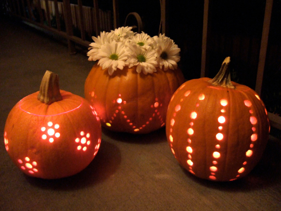 New Ways to Decorate Your Halloween Pumpkins (1)