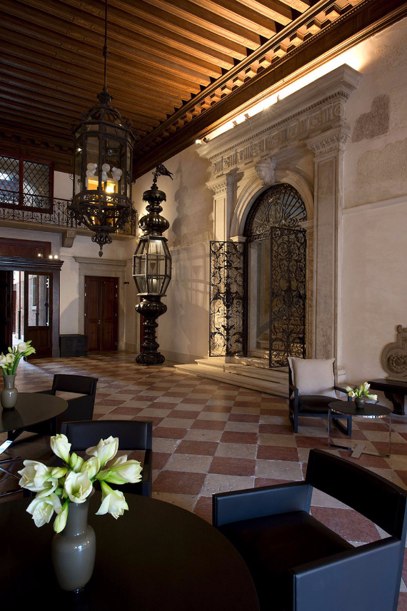 Aman-Canal-Grande-Hotel-in-Venice-Italy (15)