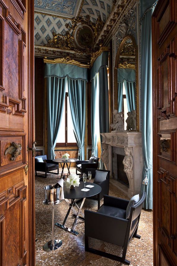 Aman-Canal-Grande-Hotel-in-Venice-Italy (25)