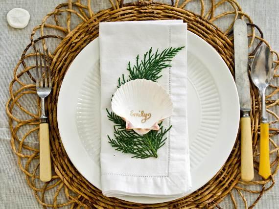 Coastal-Thanksgiving-Table
