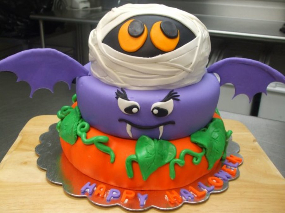 Cute & Non scary Halloween Cake Decorations (10)