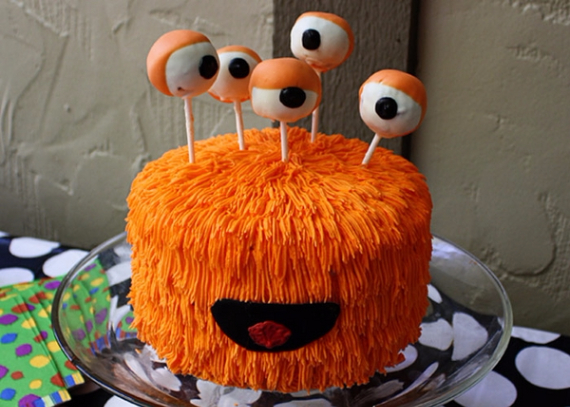 Cute & Non scary Halloween Cake Decorations (14)