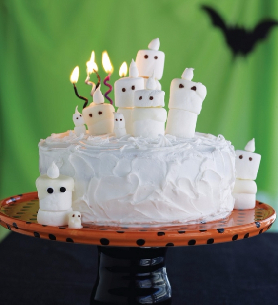 Cute & Non scary Halloween Cake Decorations (16)