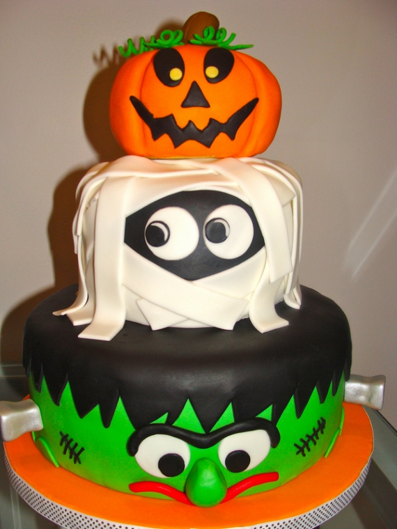 Cute & Non scary Halloween Cake Decorations (20)