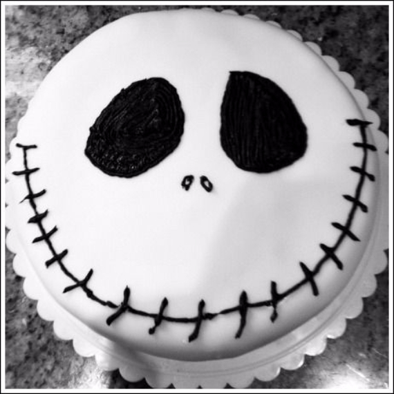 Cute & Non scary Halloween Cake Decorations (36)