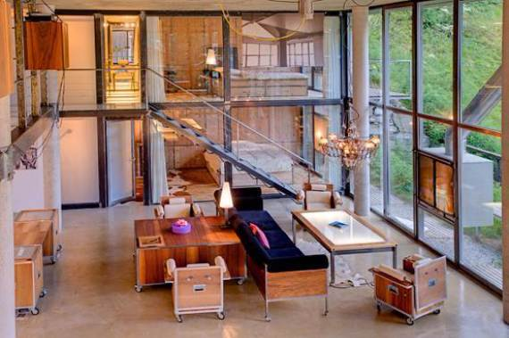 Delightful Home Amplifying The Beauty of Its Surrounding The Heinz Julen Loft (13)