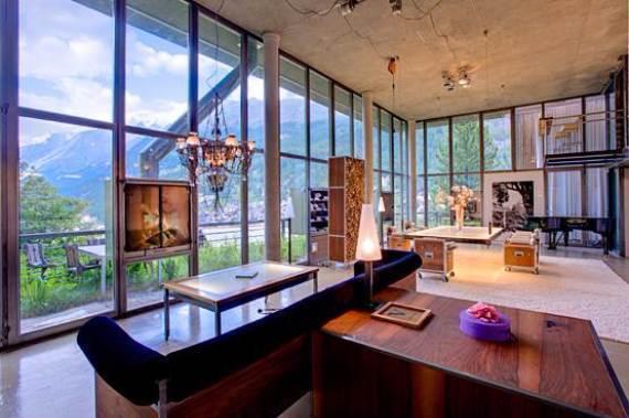 delightful-home-amplifying-the-beauty-of-its-surrounding-the-heinz-julen-loft-7