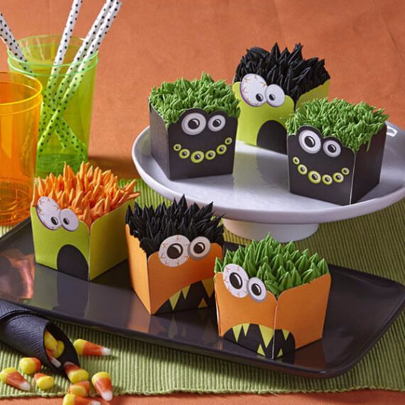 fun and simple ideas for decorating halloween cupcakes 33 - How To Decorate Halloween Cupcakes