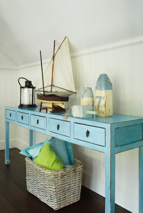 Interior Holiday Home Design In Blue Tones (15)