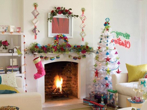 Mantel Decor Ideas For A Magical Christmas (1)