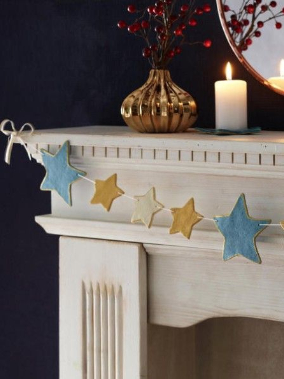 Mantel Decor Ideas For A Magical Christmas (7)