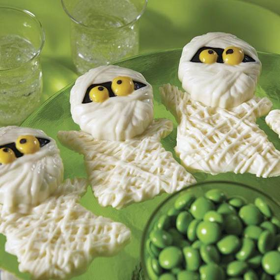 Very-Easy-Ghost-cupcake-for-Halloween-14
