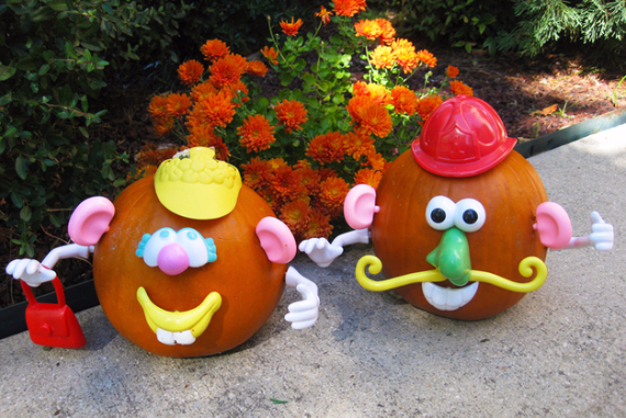 Ways to Decorate for Fall, Halloween and Thanksgiving With Pumpkins (19)