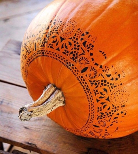 Ways to Decorate for Fall, Halloween and Thanksgiving With Pumpkins (23)